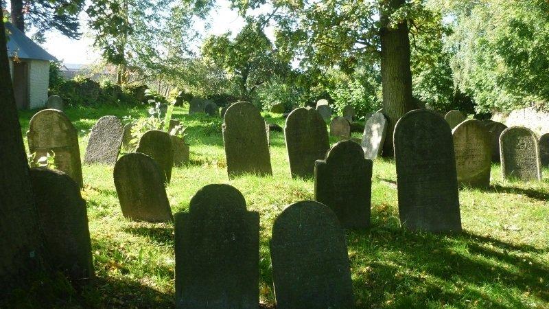 Židovský hřbitov v Lukavci